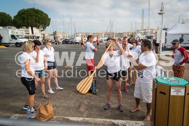 Fréjus fête son port - Course de pirogues